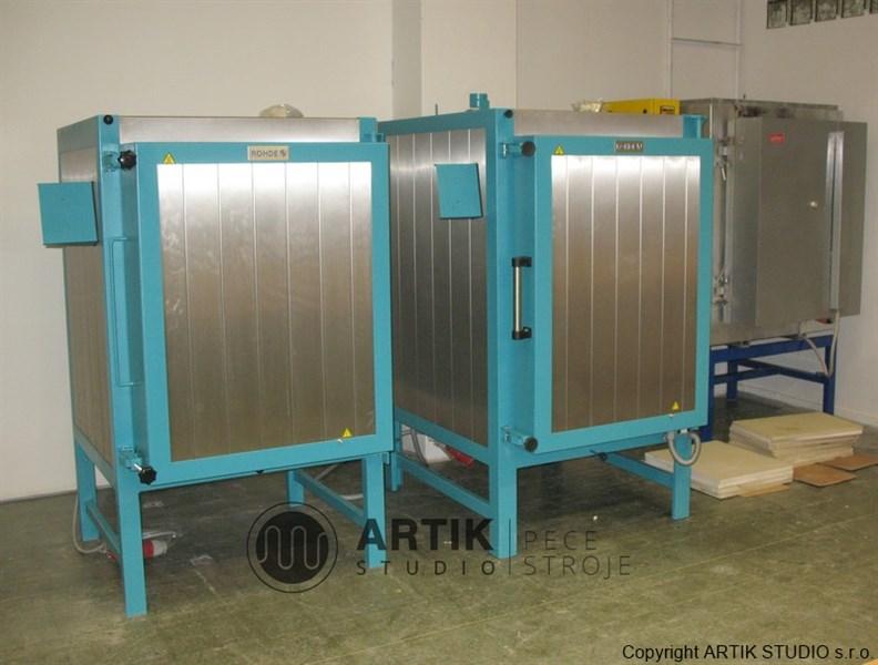 Umístění keramických pecí Rohde KE 480S a KE 250 SH